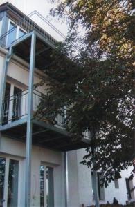 Balkon-und-Freitreppe1a_g