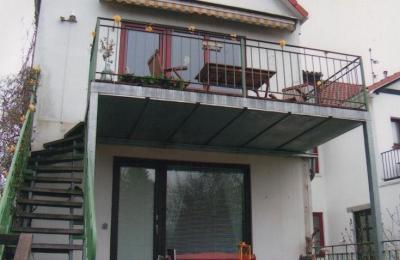 Balkon-und-Freitreppe3_g
