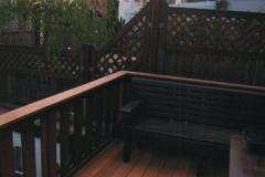 Balkon-aus-Holz_g