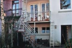 Balkonkonstruktion-mit-Gartentreppe-Nachher_g