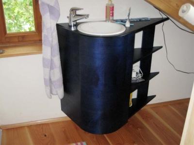 Waschtisch-Dachschraege_g